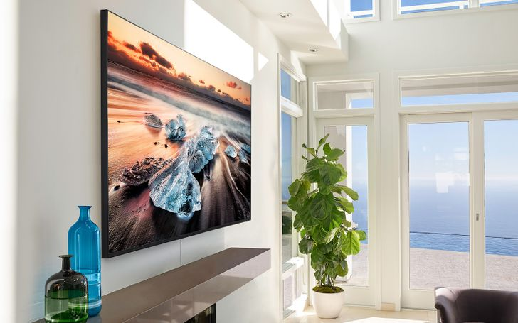 Blow your 2020 budget on this 98-inch Samsung 8K TV you absolutely deserve ($40,000 off)