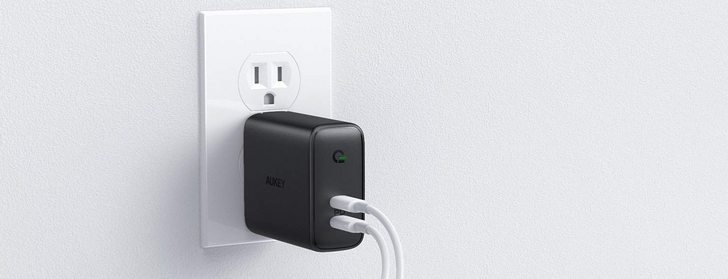 Power up two devices at once for just $19 with this Aukey dual-port USB-C PD charger ($8 off)
