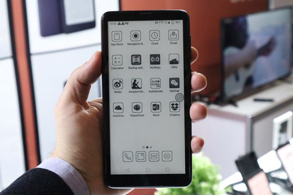 Onyx's new e-ink phone prototype has Android Pie and multiple screen refresh speeds