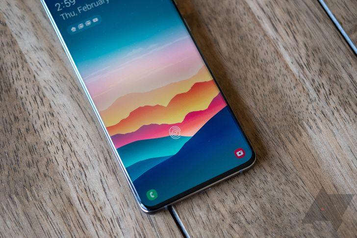 Buy a brand-new, dual-SIM Samsung Galaxy S20 Ultra for $830 on eBay