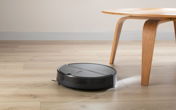 Roborock's new E4 smart vacuum knows where to mop and vacuum an entire home on a single charge (Sponsored)