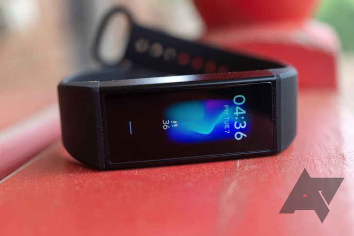 First wearable device from OnePlus could be a cheap fitness band