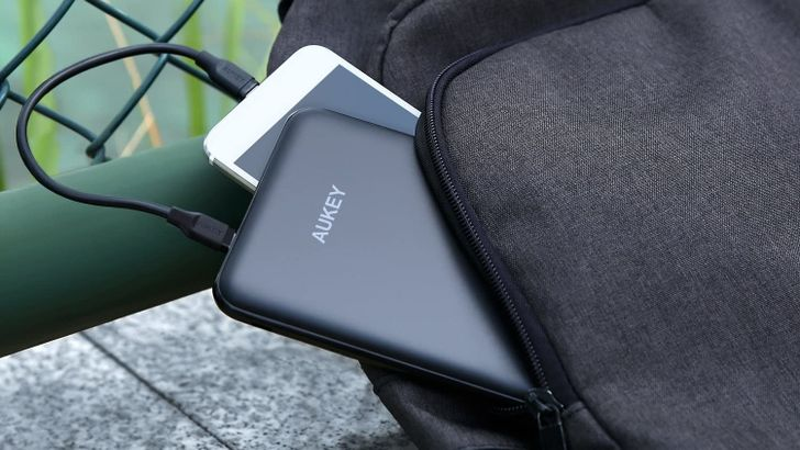 Get an Aukey 20,000mAh battery for $28 ($12 off) on Amazon