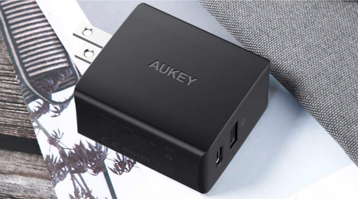 Aukey's 18W dual-port PD charger is down to just $7 ($8 off)