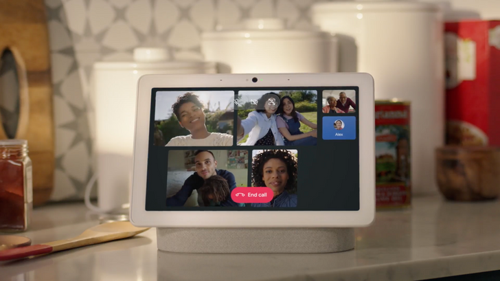 The Nest Hub Max now supports Meet and Duo group video calling