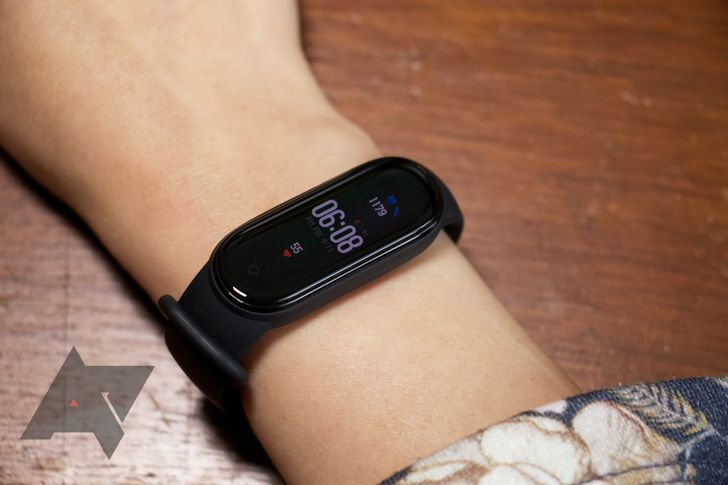 Mi Band 6 leak hints at on-board GPS, SpO2, Alexa, and 19 new trackable activities
