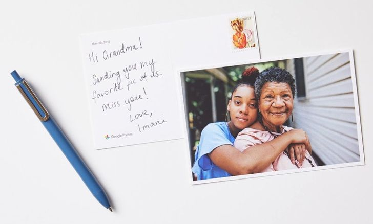 Google Photos makes its monthly premium prints subscription official