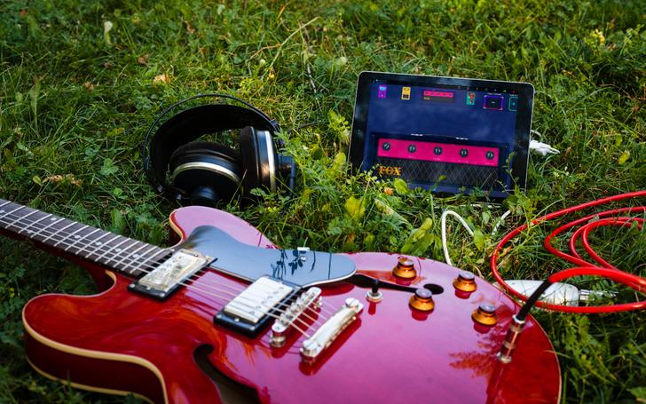 Win one of 10 Deplike Premium guitar effects app codes (Update: Winners )