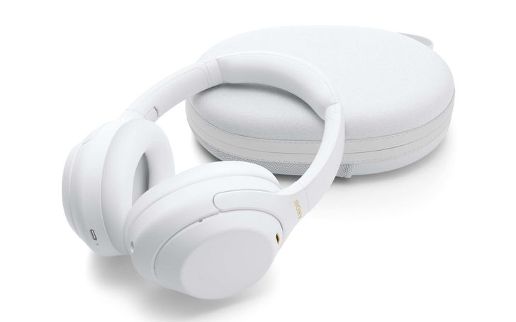 Sony's excellent noise-canceling WH-1000XM4s are the cheapest they've ever been
