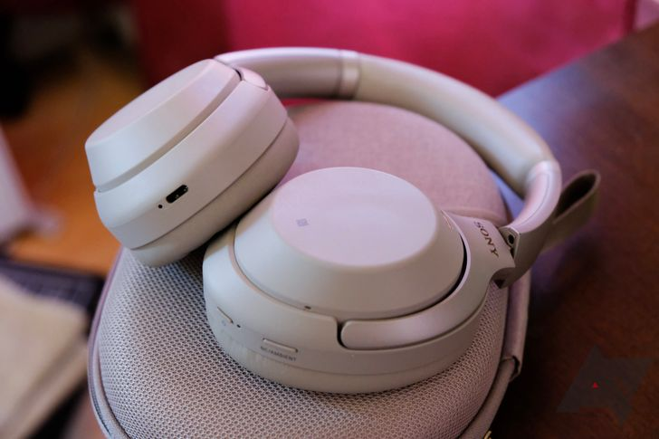 Sony's XM3 ANC headphones are below $200 for the first time ever