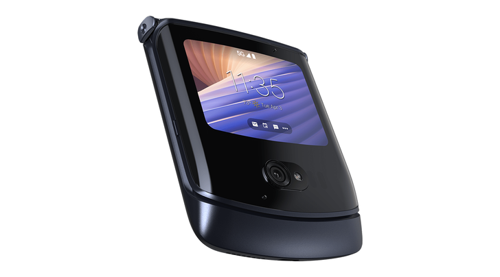 This Moto Razr deal saves you enough to buy a second phone for when you break it