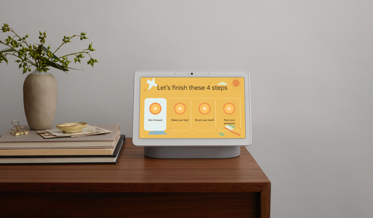 Smart Displays and the Assistant are getting new tools to keep your home organized, entertained, and educated