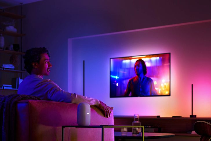 Philips Hue reveals new gradient tubes, brighter bulbs, and a new ceiling light