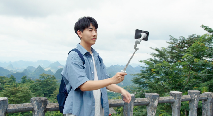 DJI's new OM5 sees your handheld gimbal, raises it a selfie stick