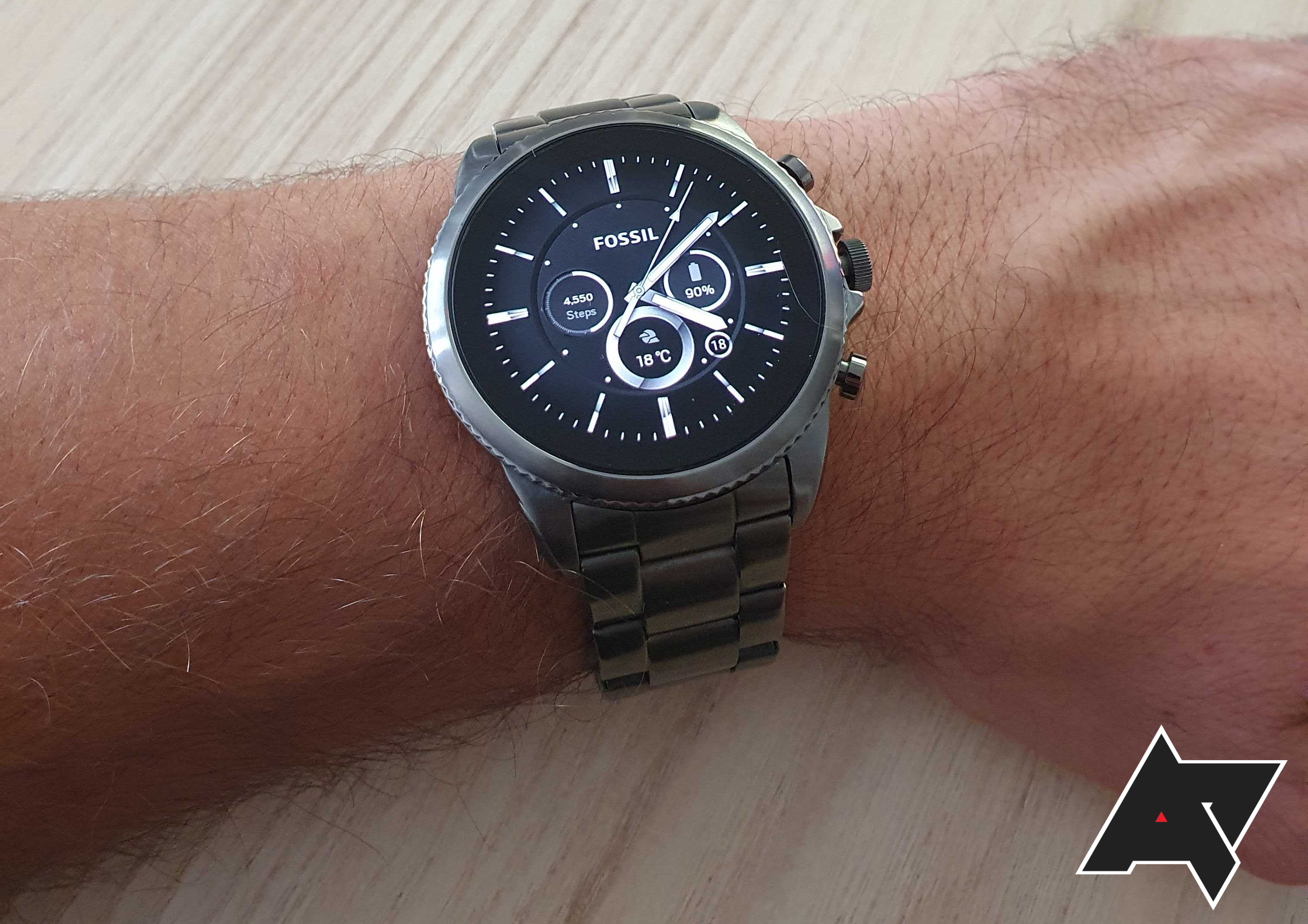 Why I bought the Fossil Gen 6 smartwatch over the Samsung Galaxy Watch4